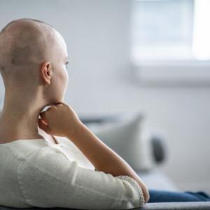 Cancro al seno: come superare il dolore